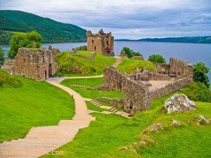 Viaje por el Lago Ness y el Castillo de Urquhart